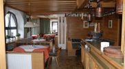 Tirol Inntal Tulfes Gruppenunterkunft Speisesaal mit Theke